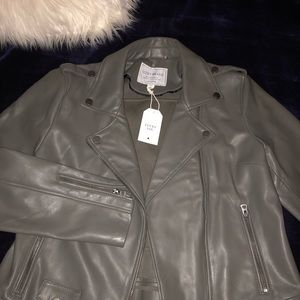 Lucky Brand faux leather jacket 💫🦊